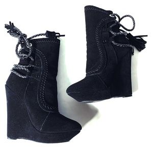 New Colin Stuart suede Wedge Black booties